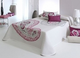 Cuvertura de pat BLAZE rosa, dimensiune 235 cm x 270 cm