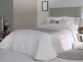 Cuvertura de pat KYLIE roz pal, dimensiune 250 cm x 270 cm