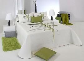 Cuvertura de pat LYNETTE verde, dimensiune 235 cm x 270 cm