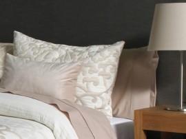 Perna decorativa POMPEY bej, dimensiune 50 cm x 70 cm