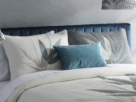 Perna decorativa SPECTER  gri albastrui, dimensiune 50 cm x 70 cm